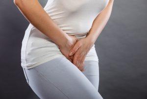 Боль внизу живота после родов через месяц