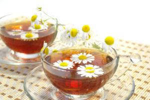 Можно ли кормящей маме пить чай из ромашки