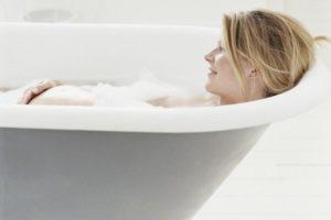 Можно ли на 39 неделе беременности принимать ванну
