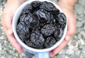 Можно ли кормящим чернослив