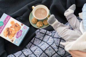 Можно ли кормящей маме пить кофе с молоком