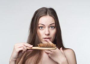 Какой гормон влияет на выпадение волос у женщин