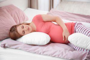 Как спать на последних сроках беременности