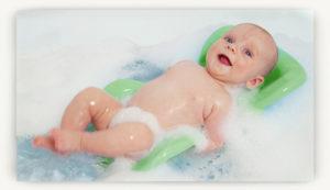 Как новорожденного купать в ванной