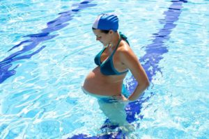 Можно ли беременным в бассейн на ранних сроках
