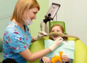 При лечении зубов детям наркоз