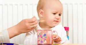 Ребенок в год не ест