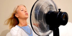 Что делать если при климаксе бросает в жар