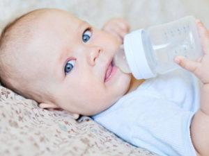 Можно ли новорожденного допаивать водой