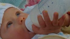 Если ребенок не наедается грудным молоком что делать